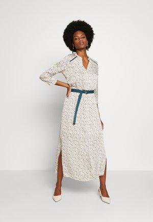 SELENI - Košilové šaty - les blancs