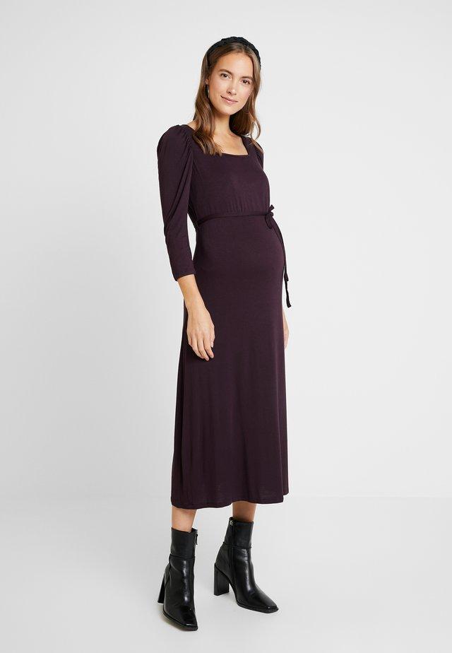 BERRY MOLLY DRESS - Jerseykjoler - purple