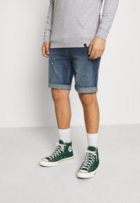 Denim Project - LIGHT DESTROY - Denim shorts - texas blue - 0