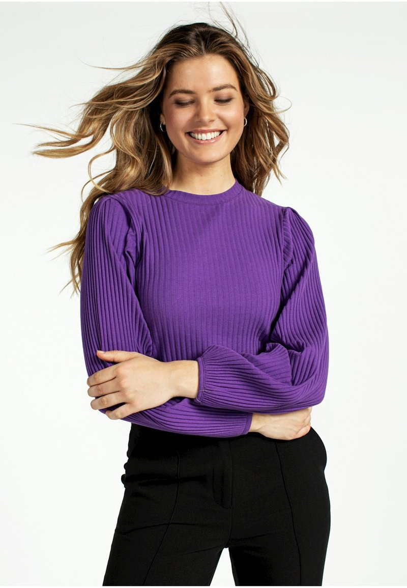 Aaiko - MALIKA - Sweatshirt - purple