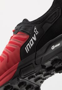 Inov-8 - ROCLITE 275  - Trail running shoes - red/black - 5
