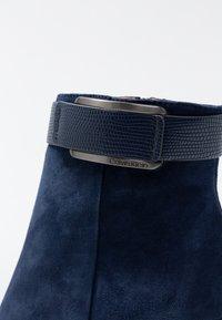 Calvin Klein - GITAR - High heeled ankle boots - dark navy - 2