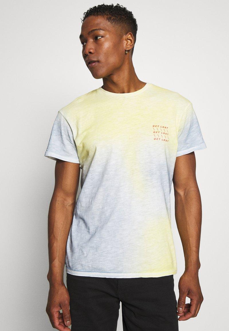 Jack & Jones - JORSOAP TEE CREW NECK - Camiseta estampada - ashley blue