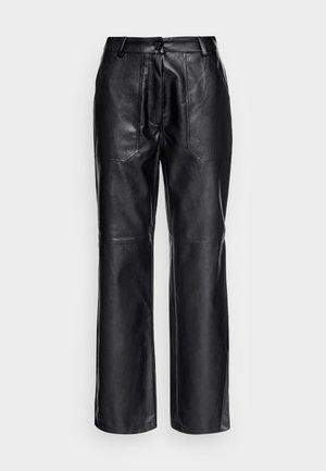 STRAIGHT LEG PANTS - Bukse - black