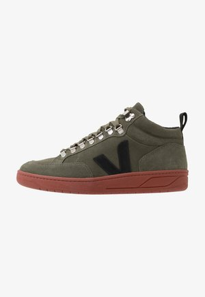 RORAIMA - High-top trainers - olive/rust