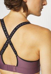 Under Armour - INFINITY MID BRA - Medium support sports bra - purple/black - 6