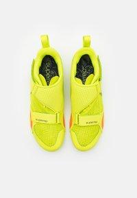 Nike Performance - SUPERREP CYCLE - Fahrradschuh - cyber/blackened blue/bright mango - 3