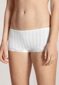 Calida - PANTY, LOW CUT - Pants - white - 0