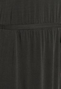 Ragwear Plus - ETHANY - Jersey dress - black - 6