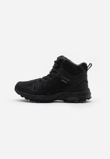 RAVEN MID WP - Hiking shoes - black/charcoal