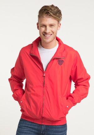 WINDBREAKER - Summer jacket - rot