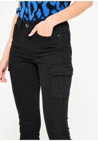 LolaLiza - Slim fit jeans - black - 3