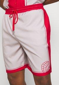 Mennace - SHELL PRINT PULL ON - Shorts - red - 5