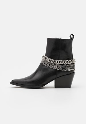 JUKESON - Cowboy/biker ankle boot - black