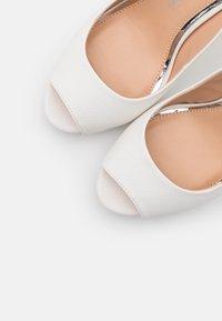 Lulipa London - DALLAS - Spuntate alte - white - 5