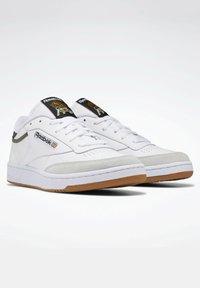 Reebok Classic - CLUB C 85 - Trainers - white - 1