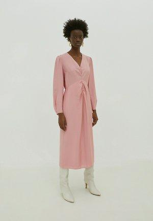Day dress - rosé