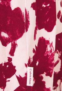 Calvin Klein Underwear - SLEEP SHORT - Pyjama bottoms - sand rose - 5