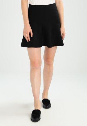NMCIRUS - A-line skirt - black