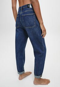 Calvin Klein Jeans - Relaxed fit jeans - dark blue utility - 2
