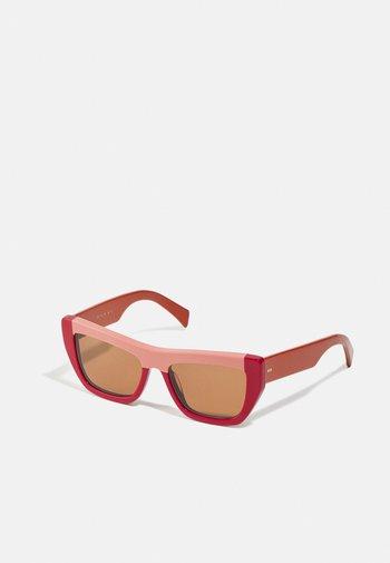 Sunglasses - rose/red