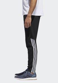 adidas Performance - RUN ASTRO 3-STRIPES TIGHTS - Tracksuit bottoms - black - 2
