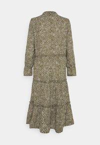 Vero Moda - VMFELICITY 7/8 CALF DRESS  - Vestido informal - ivy green/felicity - 7