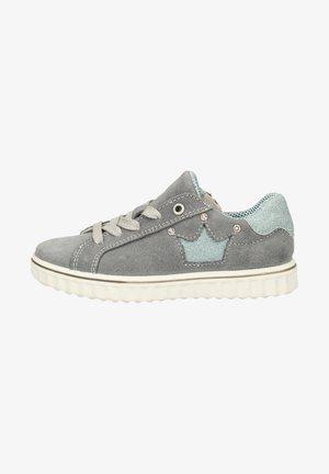 Sneakers laag - calcit