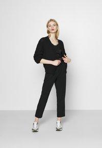 JDY - JDYXANDER ANKLE PANT  - Trousers - black - 1