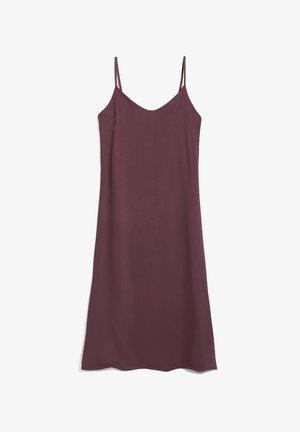 GAELAA - Day dress - aubergine
