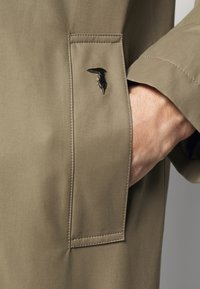 Trussardi - COAT REGULAR FIT - Classic coat - caribou - 5