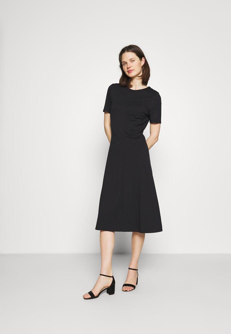 Marks & Spencer London - PONTE MIDI - Žerzejové šaty - black