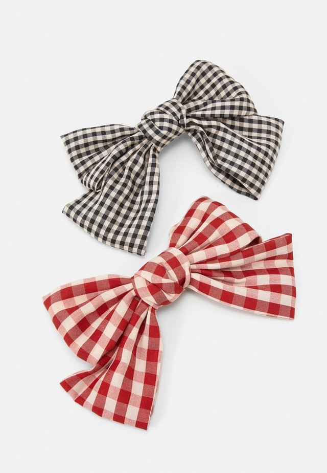 PCJACKA HAIRCLIP BOW 2 PACK - Hair Styling Accessory - black/red