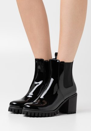 MOTIVATION CHELSEA BOOT - Stivaletti - black