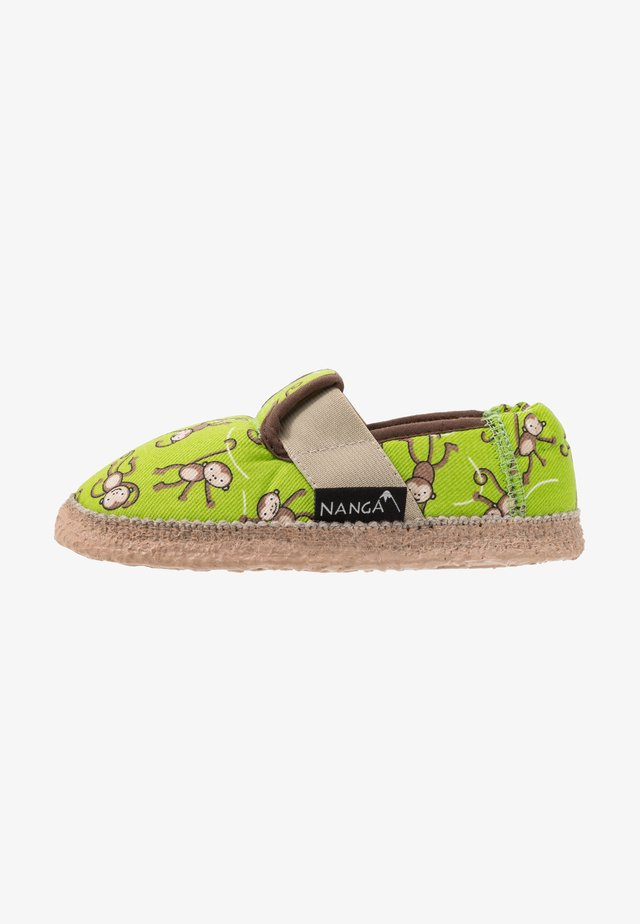 LUSTIGE AFFEN - Domácí obuv - grün