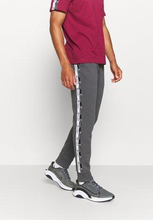 CUFF PANTS - Spodnie treningowe - grey