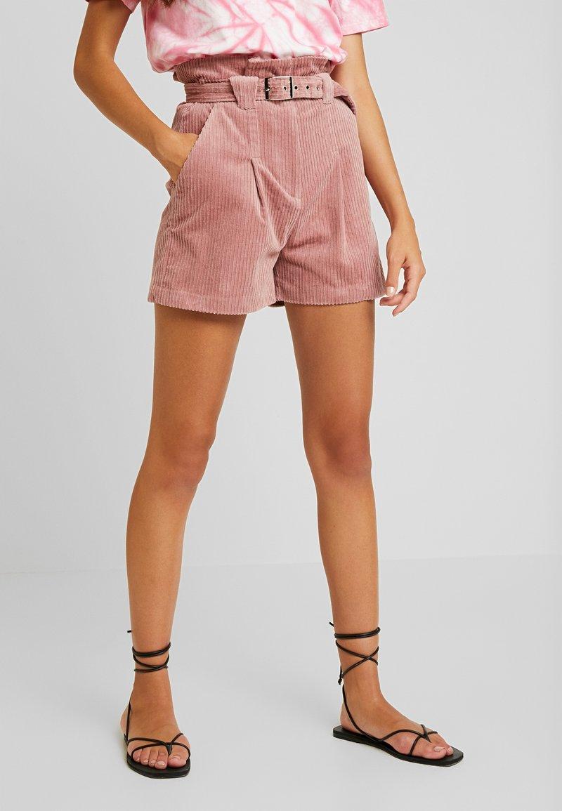 Lost Ink - PAPERBAG WITH BELT - Shorts - light pink