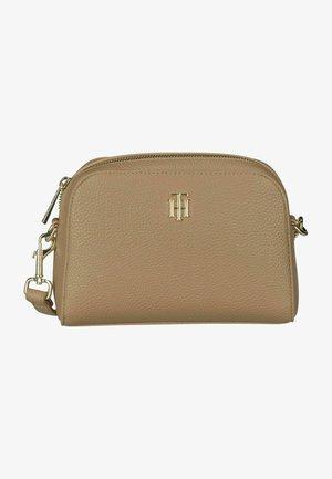 ESSENCE CROSSOVER - Across body bag - beige