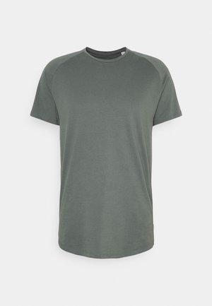 JJECURVED TEE O NECK - Basic T-shirt - sedona sage