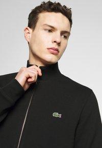 Lacoste - SH4317 - veste en sweat zippée - noir - 3