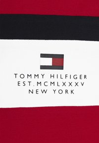 Tommy Hilfiger - CHEST STRIPE  - Polo shirt - primary red - 6