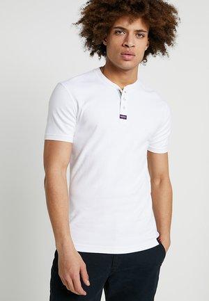 HERITAGE GRANDAD - Basic T-shirt - optic