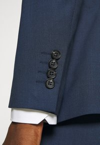 Selected Homme - SLHSLIM MAZELOGAN  - Costume - dark blue - 11