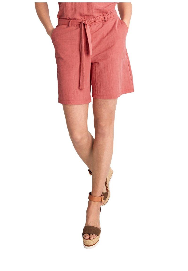 comma - Shorts - rot