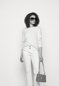 Frame Denim - LE HIGH STRAIGHT SPRING MIX - Straight leg jeans - vintage white multi - 3