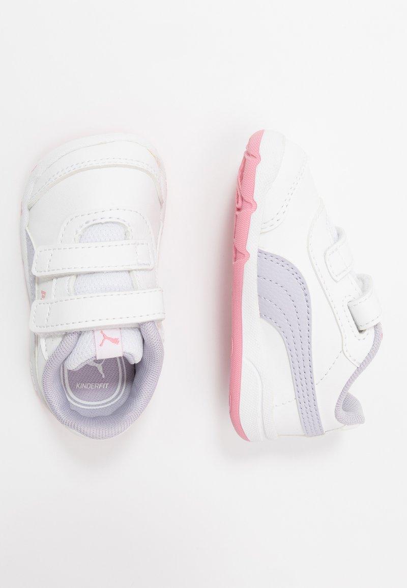 Puma - STEPFLEEX 2 UNISEX - Sports shoes - white/purple heather/peony