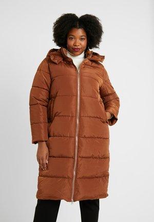 LONGLINE PUFFER COAT - Zimní kabát - nut brown