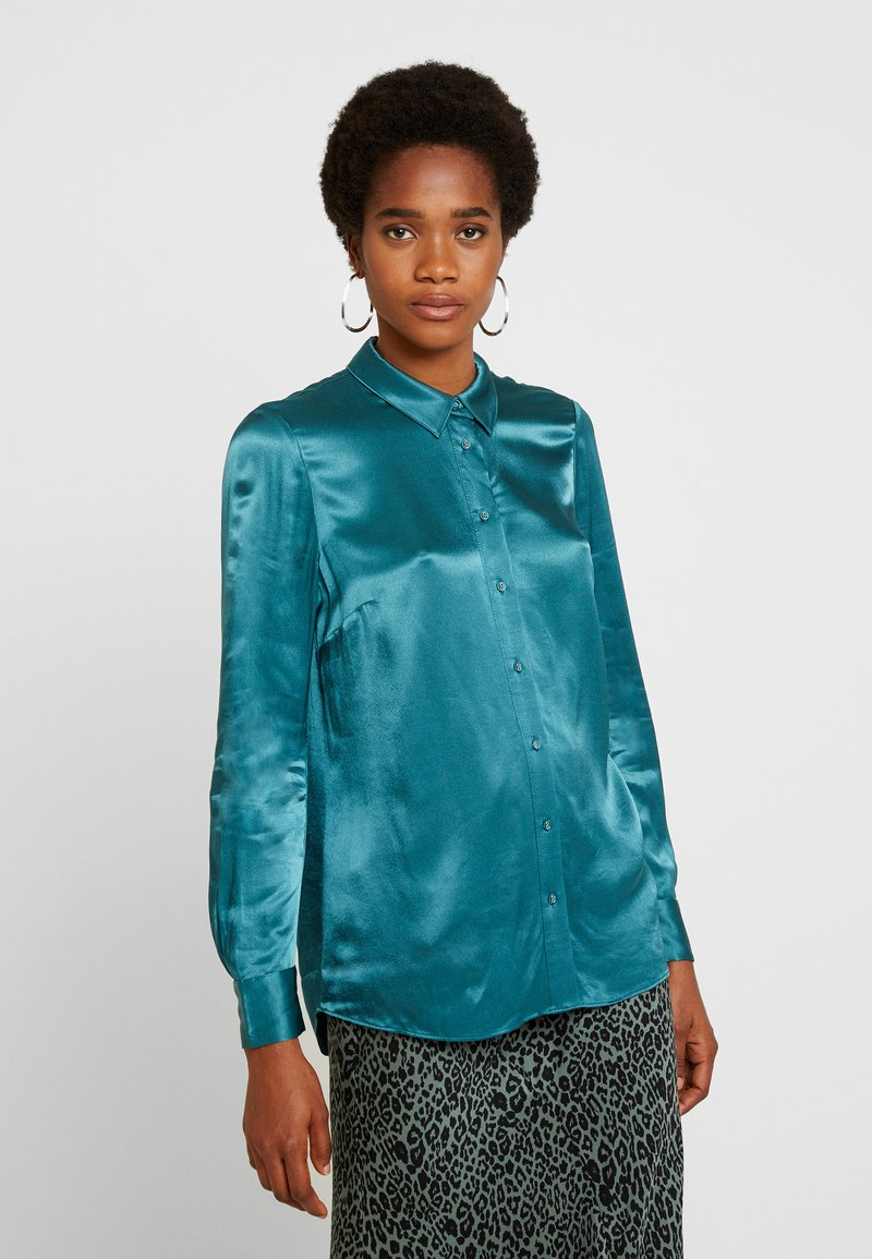 Forever New - MARTHA MILITARY  - Button-down blouse - green