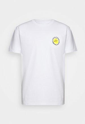 STRAHL - T-shirt z nadrukiem - white