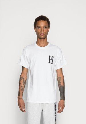 PREY CLASSIC - Print T-shirt - white